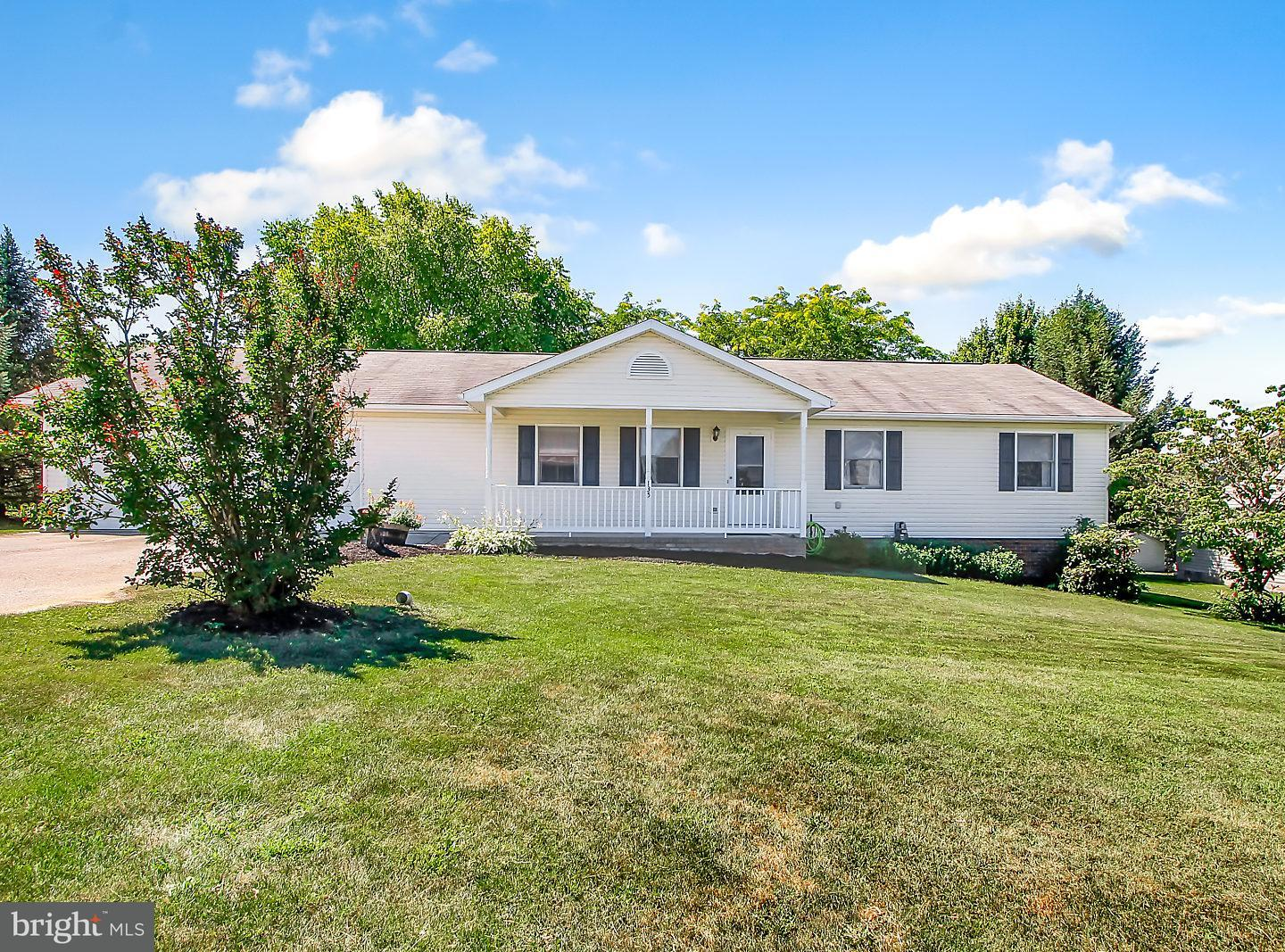 Single Family for Sale at 135 Lee Ann Court Hanover, Pennsylvania 17331 United States
