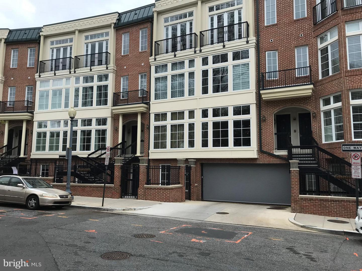 Condo / Townhouse for Sale at MERIDIAN CRESCENT CONDO, 2200 17th Street NW Washington, District Of Columbia 20009 United States