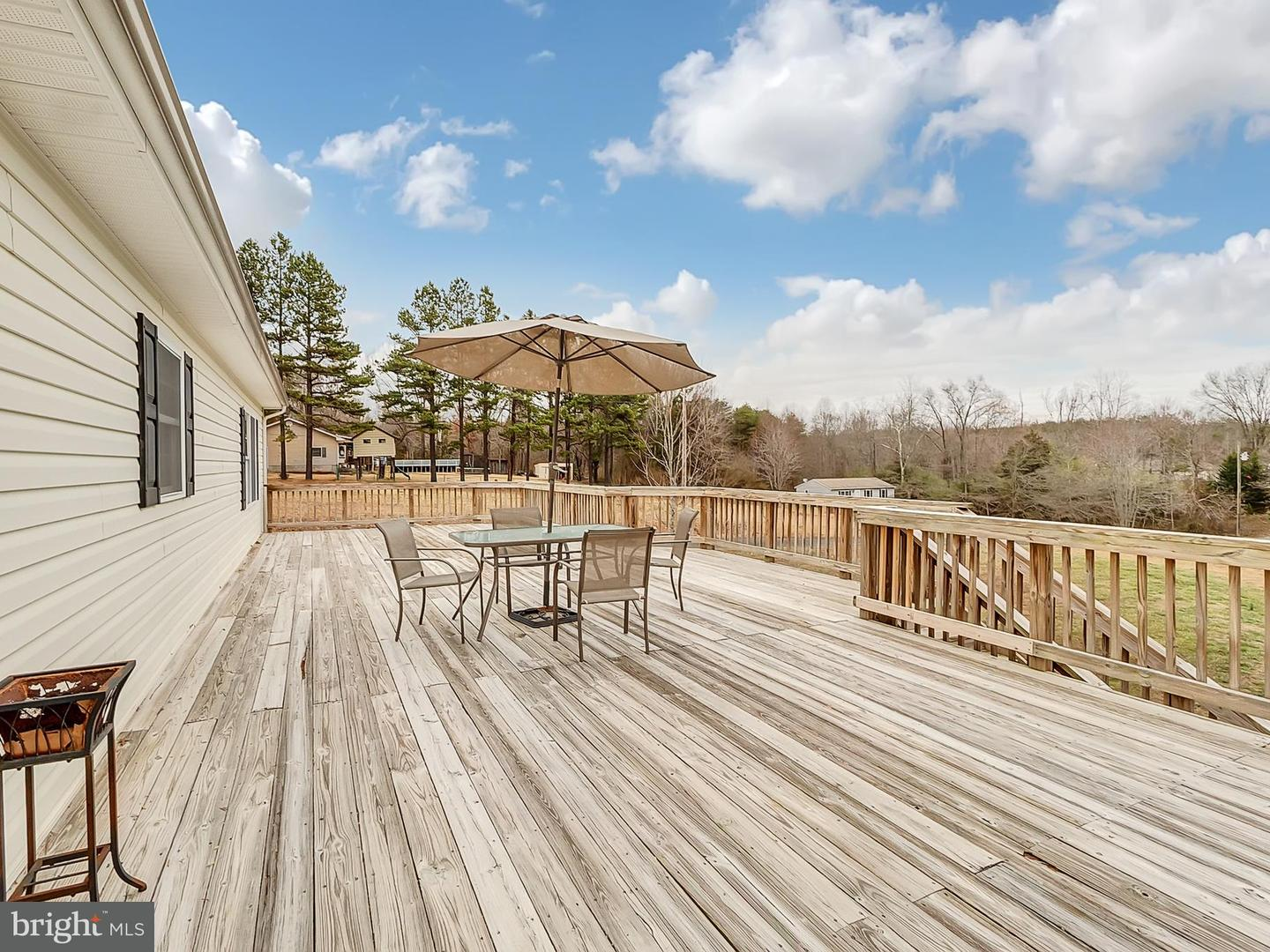 Single Family for Sale at 13877 Union Church Road Sumerduck, Virginia 22742 United States
