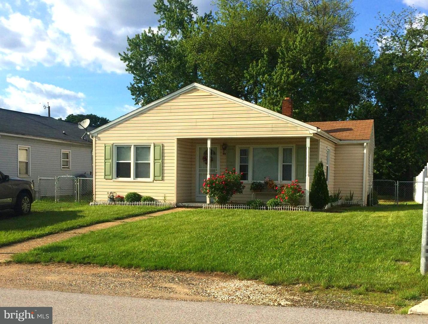 Single Family for Sale at 3024 New York Avenue Halethorpe, Maryland 21227 United States