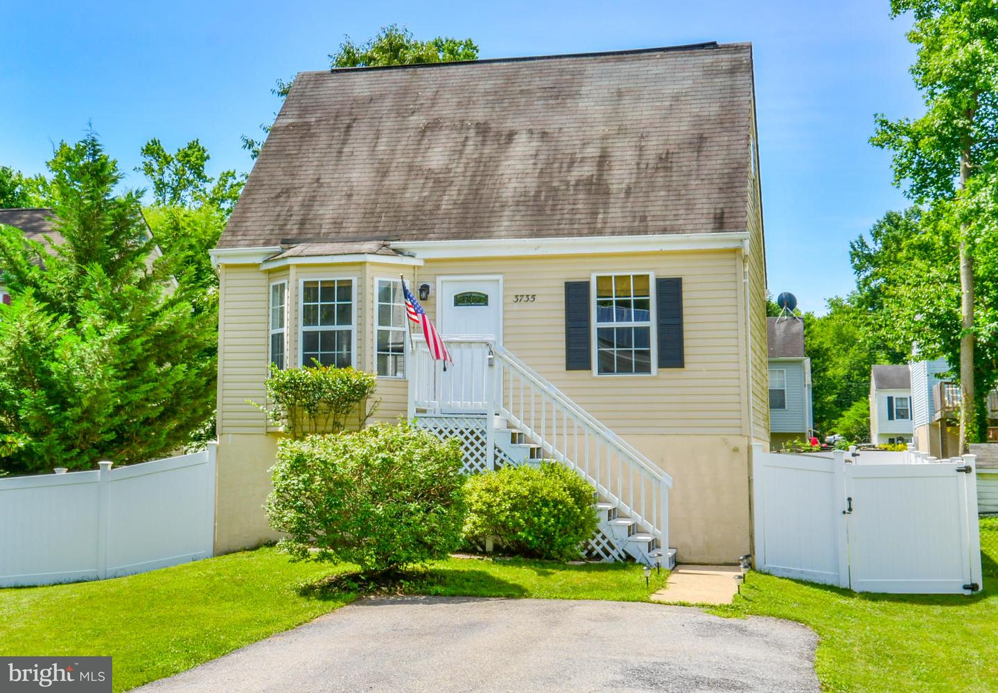 Single Family for Sale at 3735 9th Street North Beach, Maryland 20714 United States
