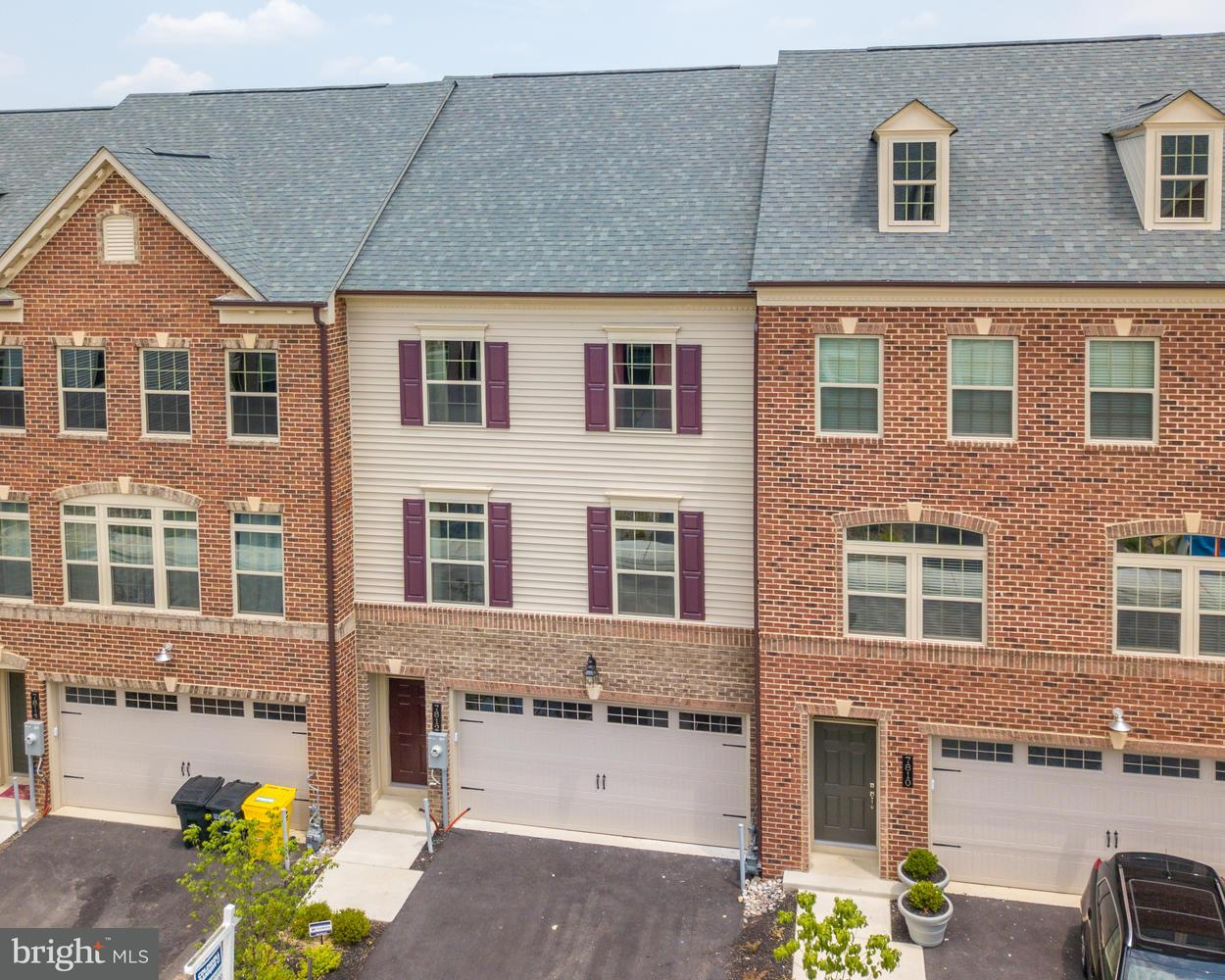 Condo / Townhouse for Sale at 7812 Otterbein Way Hanover, Maryland 21076 United States