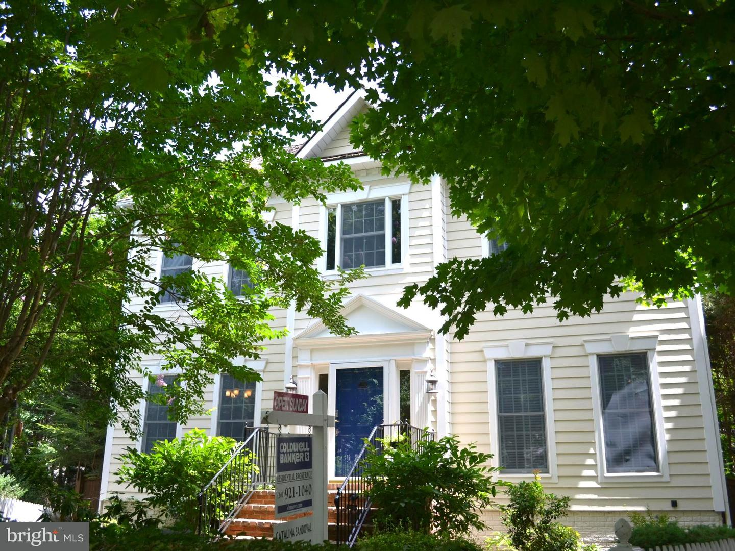 Single Family for Sale at 108 Thurgood Street Gaithersburg, Maryland 20878 United States