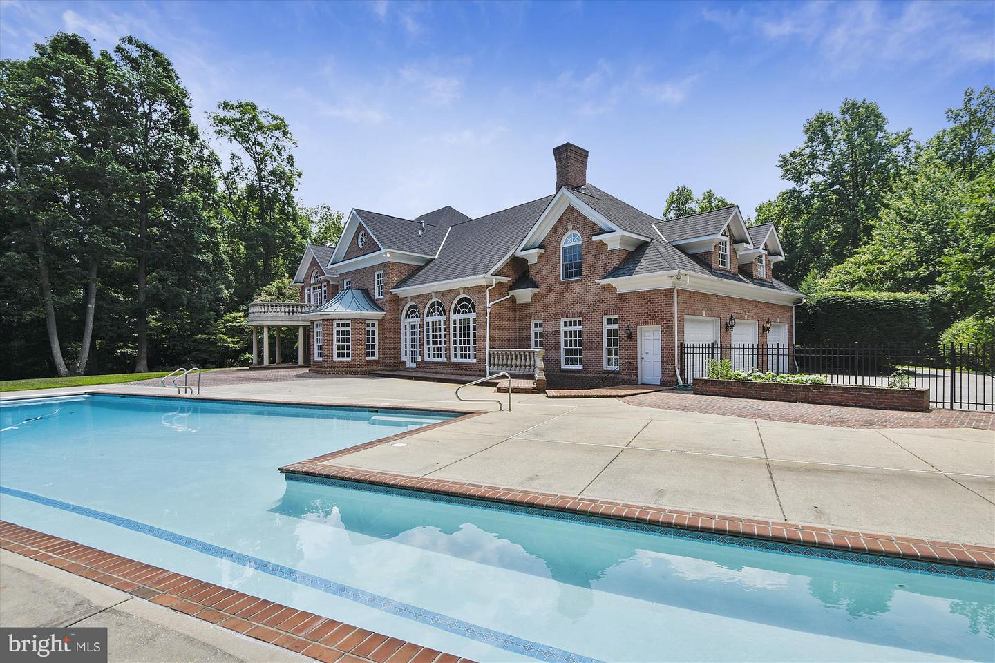 Other Residential for Sale at JAMESTOWN ON THE MAGOTHY, 920 Dreams Point Road Arnold, Maryland 21012 United States