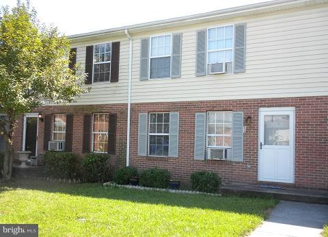 Condo / Townhouse for Sale at 106 Nottoway Drive Stephens City, Virginia 22655 United States