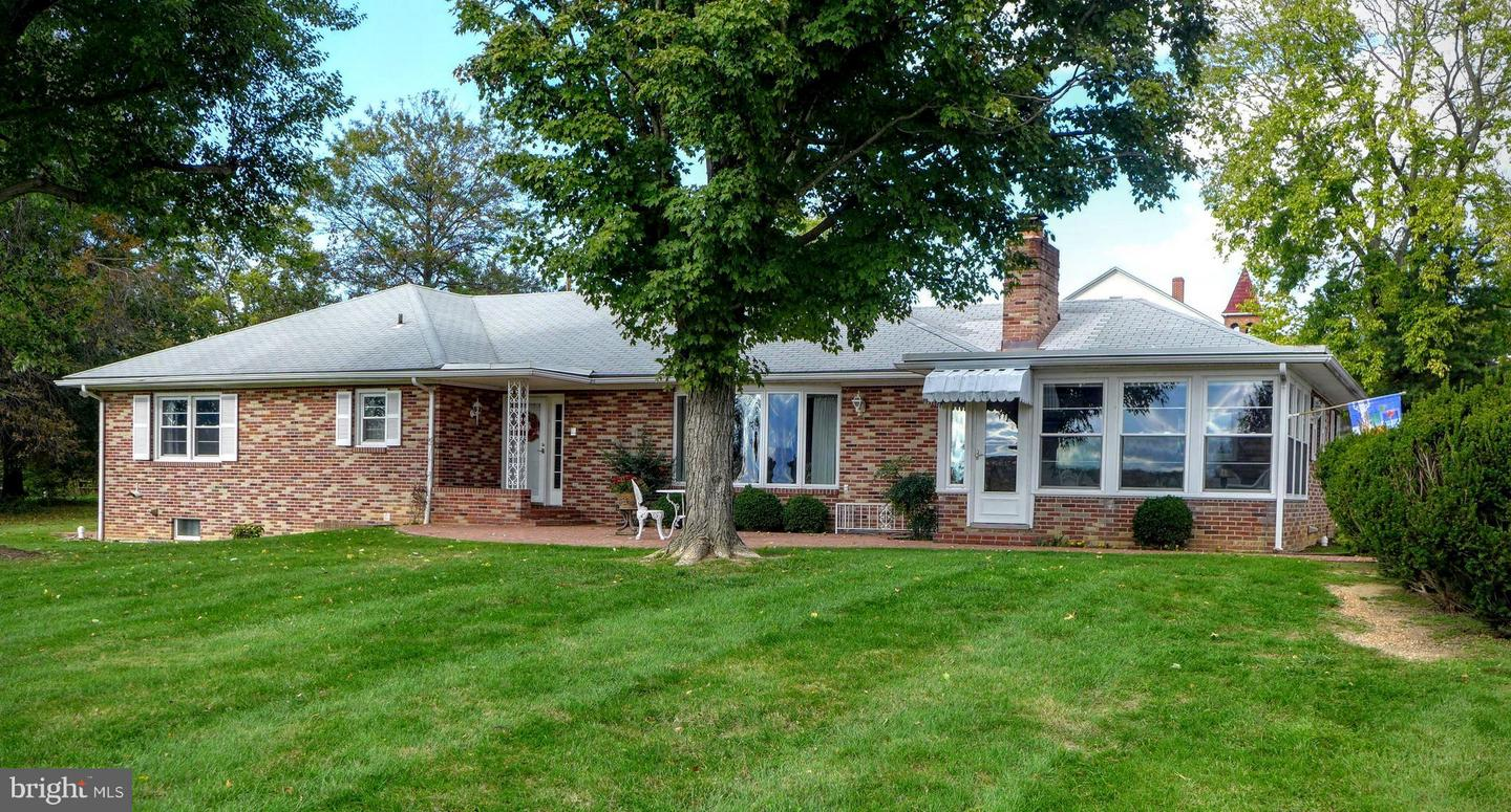 Other Residential for Sale at 402 Holliday Street Strasburg, Virginia 22657 United States