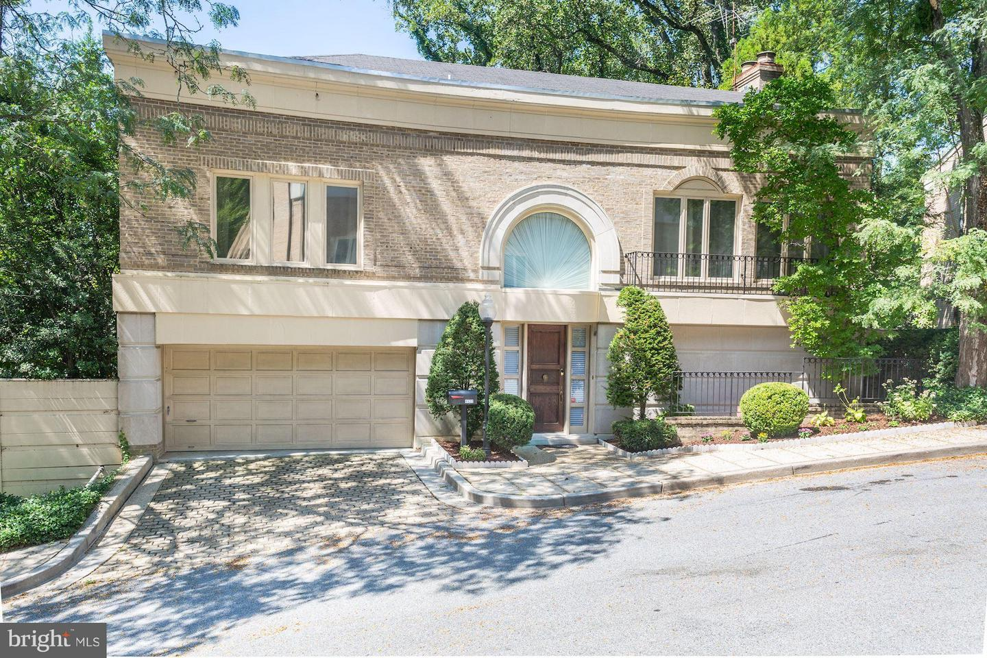 other residential homes for Sale at 4522 Foxhall Crescent NW Washington, District Of Columbia 20007 United States
