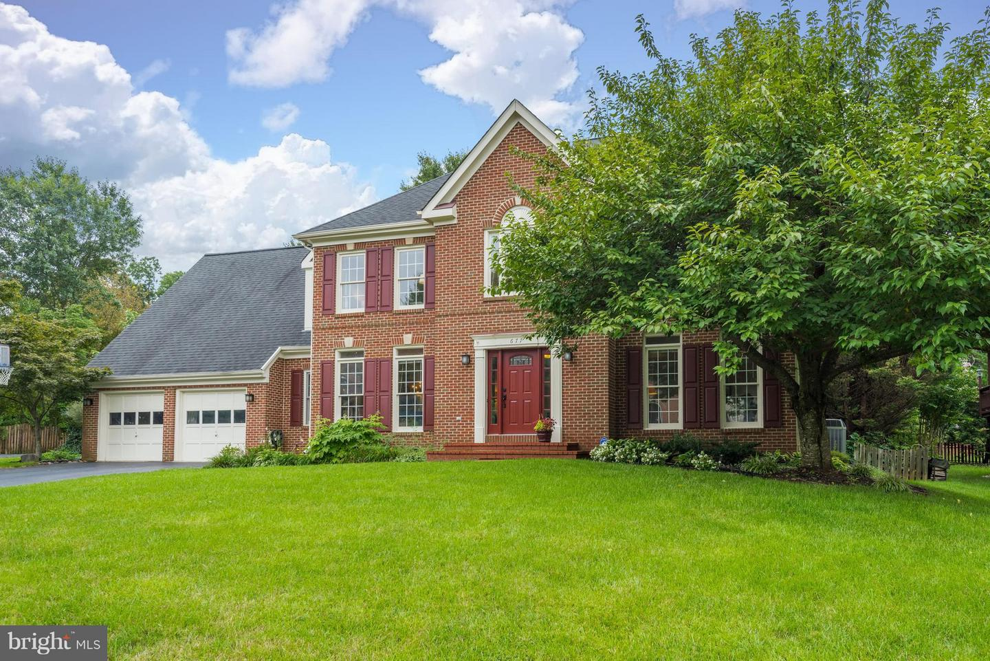 Other Residential for Sale at OLD DRANESVILLE HUNT CLUB, 677 Old Hunt Way Herndon, Virginia 20170 United States