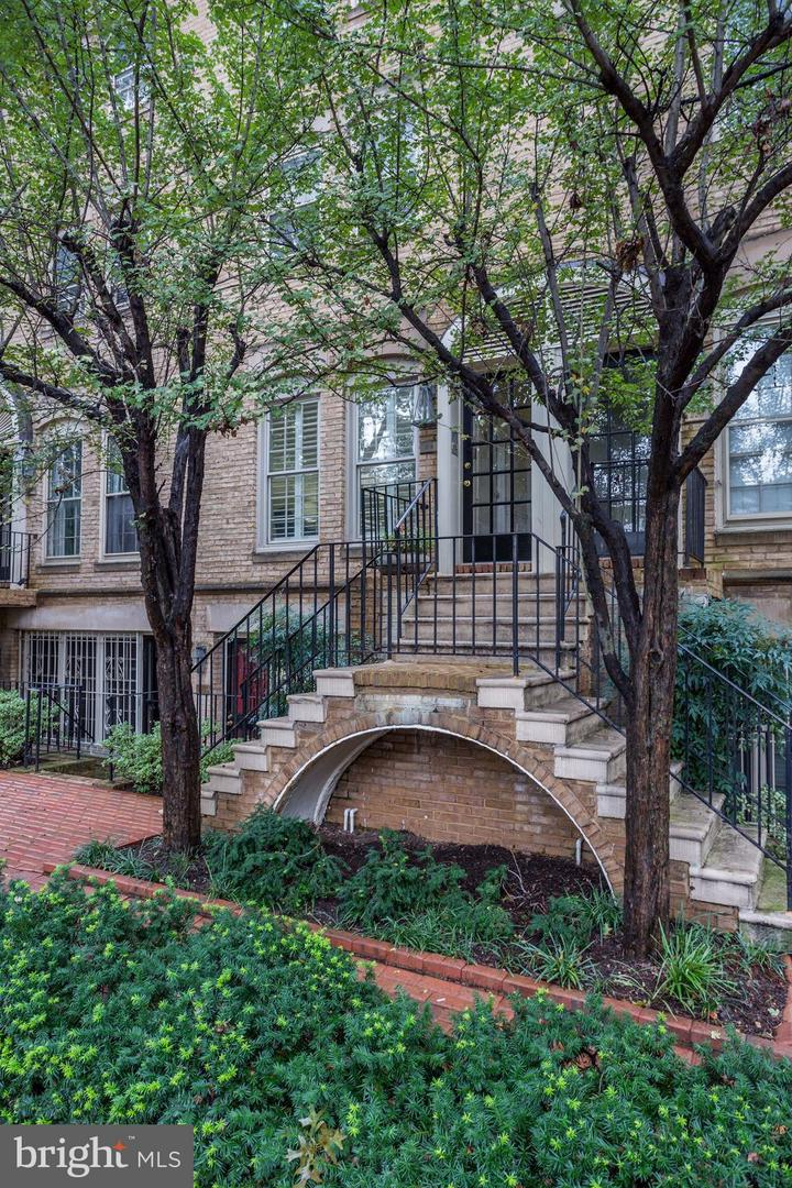 Condo / Townhouse for Sale at THE COURT, A CONDOMINIUM, 218 3rd Street NE Washington, District Of Columbia 20002 United States