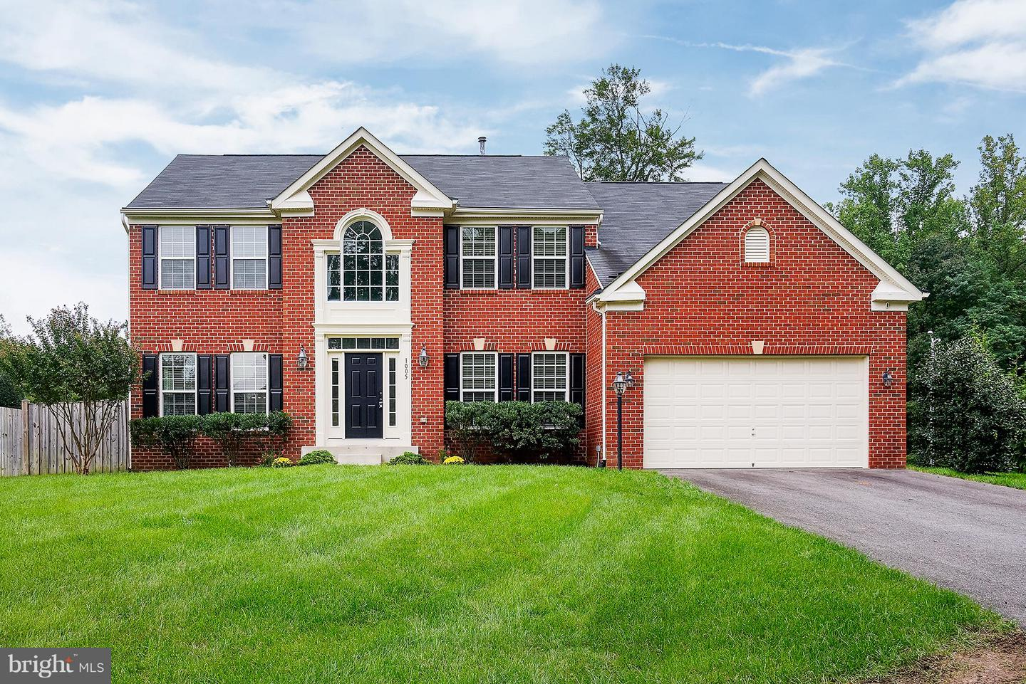 Other Residential for Sale at 1005 Young Avenue Herndon, Virginia 20170 United States