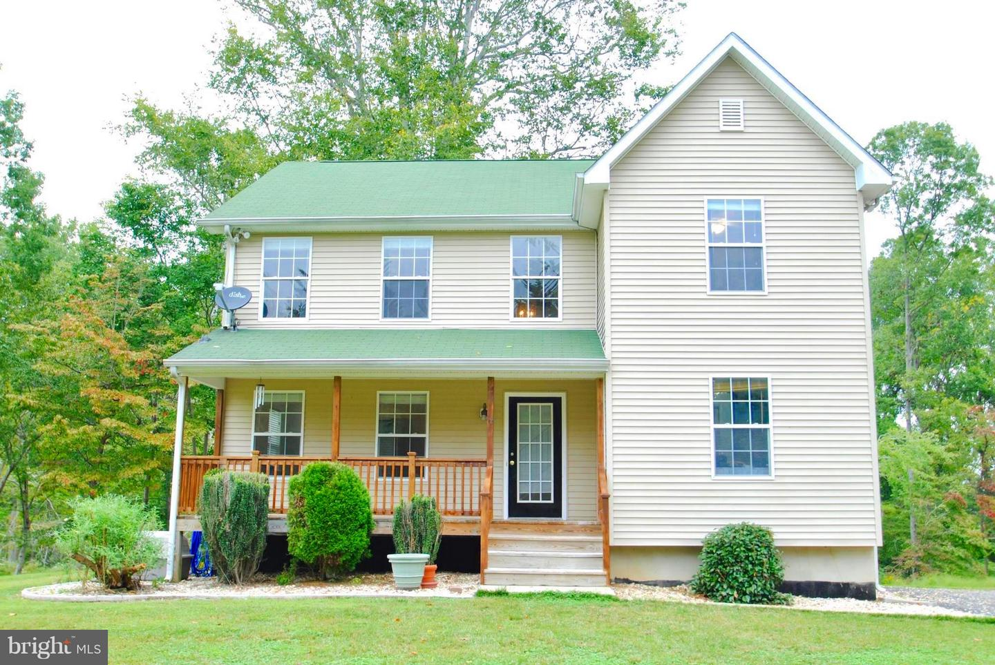 Other Residential for Sale at 302 Fairhaven Road Tracys Landing, Maryland 20779 United States