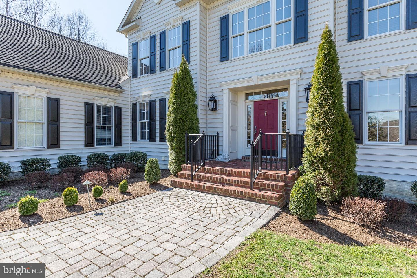 Additional photo for property listing at 650 Tailwind Lane Crownsville, Maryland 21032 United States