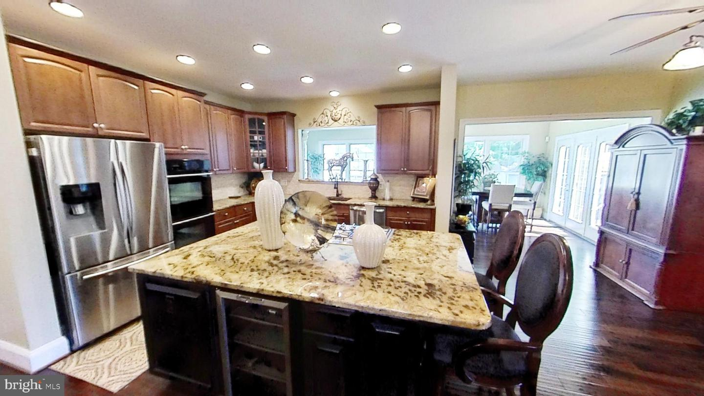 Additional photo for property listing at 10838 Constitution Drive Waldorf, Maryland 20603 United States
