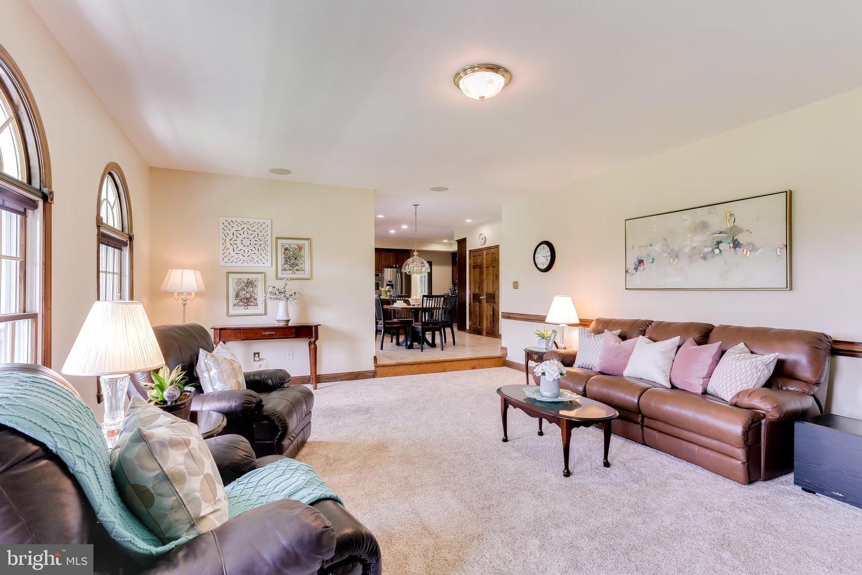 Additional photo for property listing at 3240 Roscommon Drive Glenelg, Maryland 21737 United States