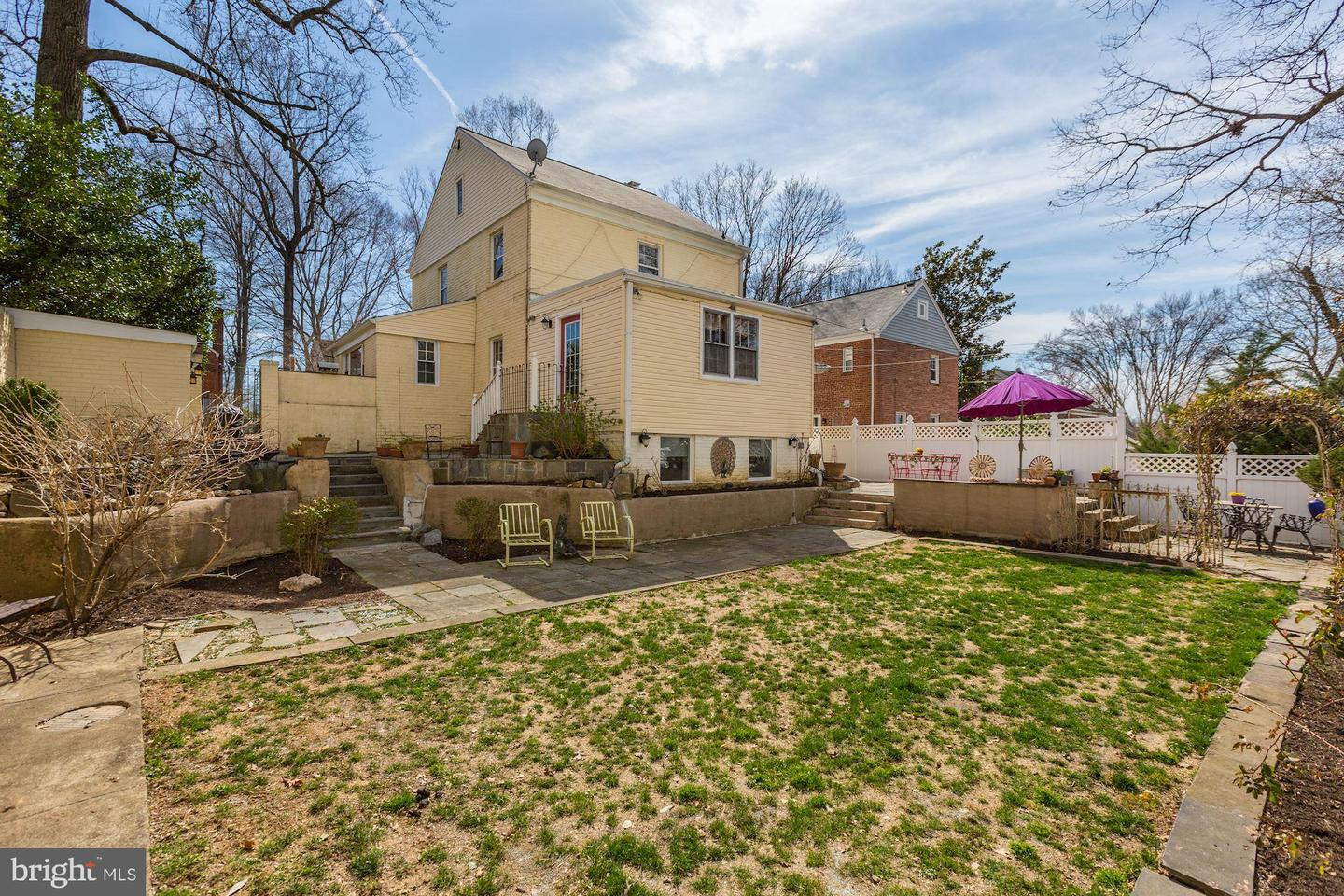 Additional photo for property listing at 2703 Colston Drive Chevy Chase, Maryland 20815 United States