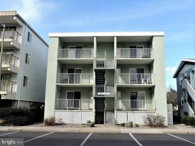 Other Residential for Sale at 10 136th Street Ocean City, Maryland 21842 United States