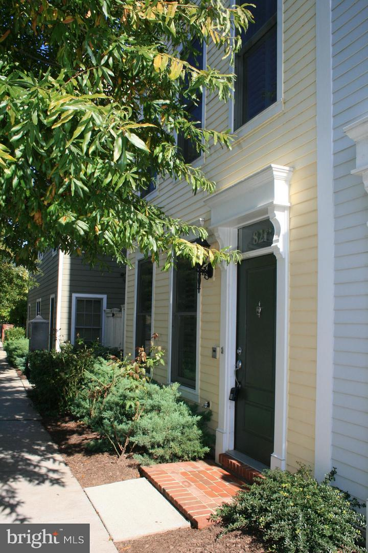 Other Residential for Rent at 821 Parker Gray School Way Alexandria, Virginia 22314 United States
