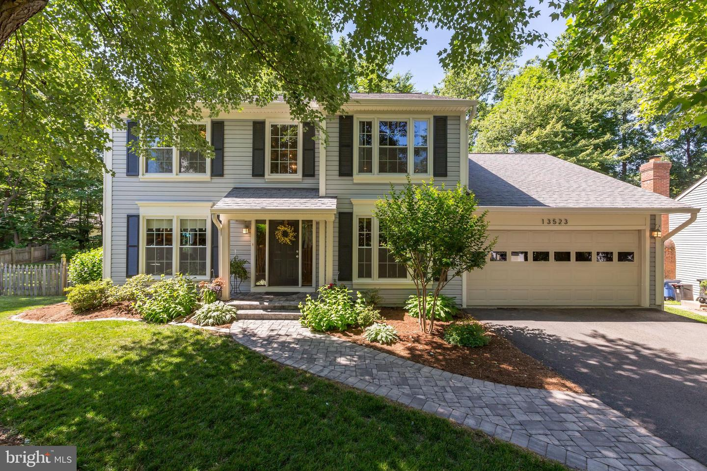 other residential homes for Sale at 13523 Moss Glen Road 13523 Moss Glen Road Clifton, Virginia 20124 United States