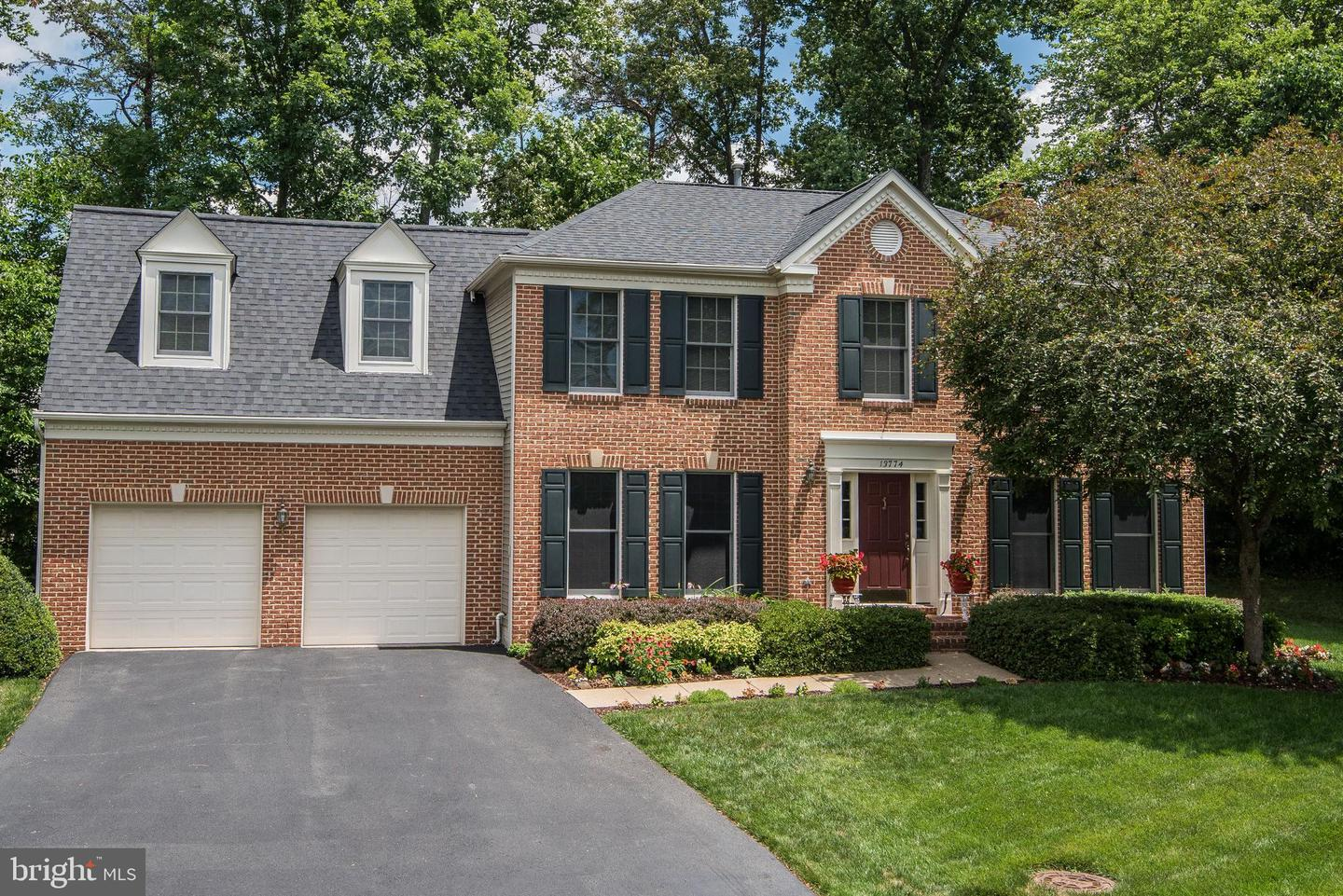 other residential homes for Sale at 13774 Laurel Rock Drive 13774 Laurel Rock Drive Clifton, Virginia 20124 United States