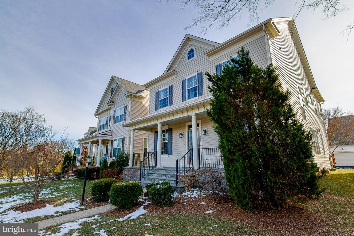 Additional photo for property listing at 14021 Indigo Bunting Court 14021 Indigo Bunting Court Gainesville, Virginia 20155 United States